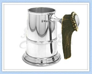 Pewter beer tankard with horn handle-engraved